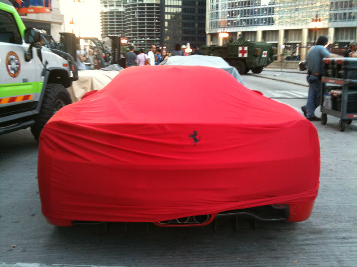 Transformers 3 - Ferrari 458 Italia under wraps... Even looks good covered!